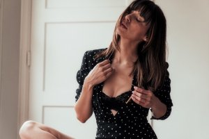 Hildegarde escorts