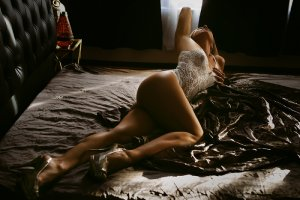 Eveline escort in Vienna Virginia, erotic massage