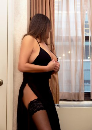 Najima erotic massage, live escort